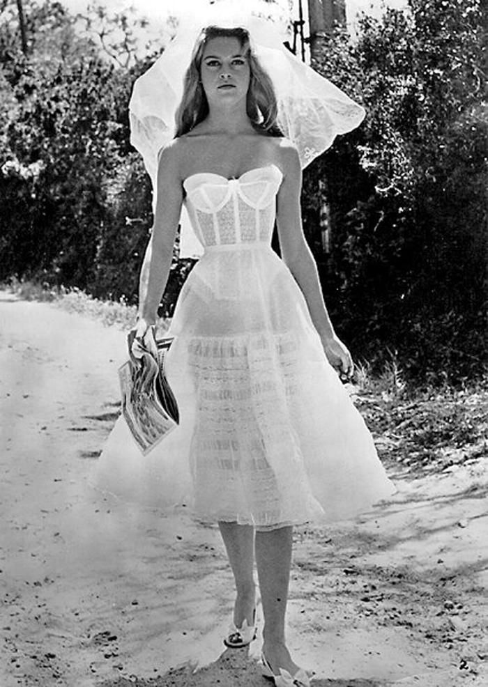 vintage lingerie a-z petticoat