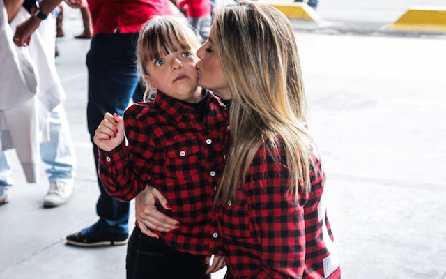 Achegue-se! Look de diva: Ticiane Pinheiro - Tal mãe, tal filha