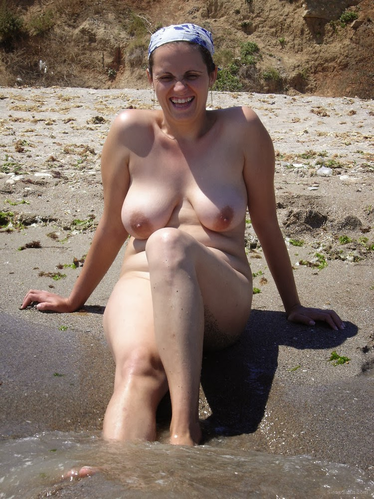 Nude wife beach
