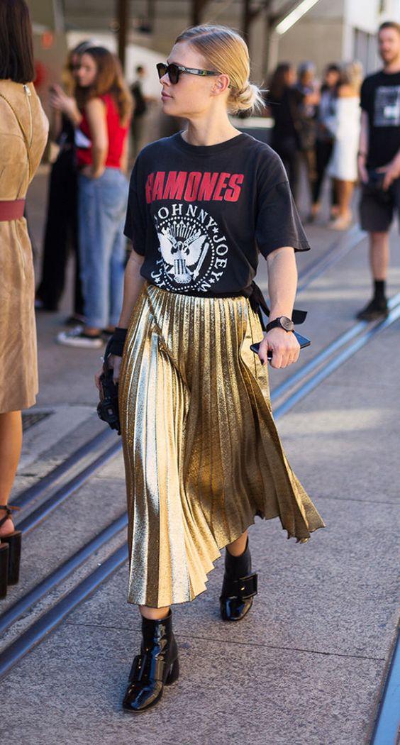 Look rocker saia e camiseta Ramones