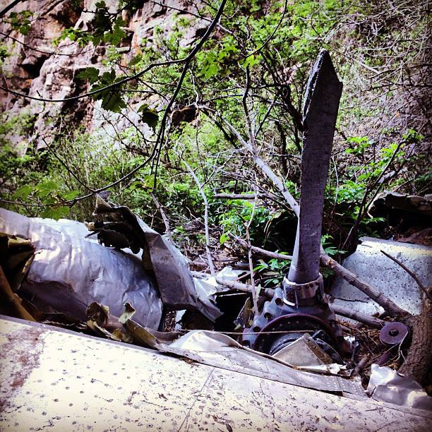 Santa Fe Altitude >> lizrunaroundaroundaround: TWA crash site in the Sandia ...