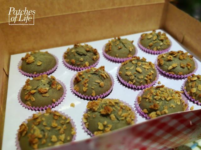 Welch's Grape Crunch Muffins