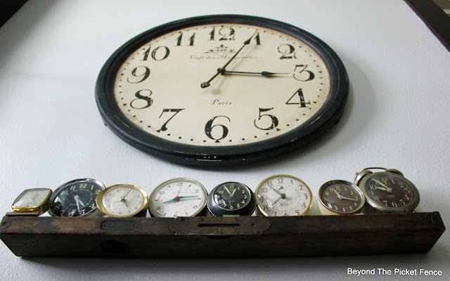 level shelf, small shelf, DIY, easy shelf, alarm clock, clock collection, antique, http://bec4-beyondthepicketfence.blogspot.com/2016/04/level-shelf.html