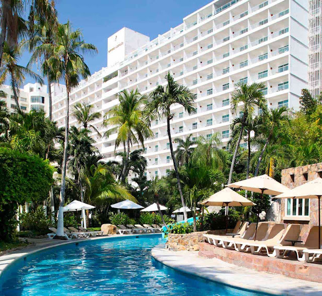 Finding an ideal family-friendly hotel in Acapulco does not have to be difficult. The Emporio Acapulco Hotel is a nice option for travelers like you. Emporio Acapulco Hotel puts the best of Acapulco at your fingertips, making your stay both relaxing and enjoyable.