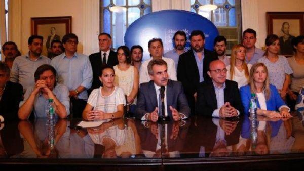 Alianza argentina rechaza acuerdo entre Macri y el FMI