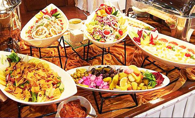Dubai Marina Dhow Cruise - BBQ Buffet