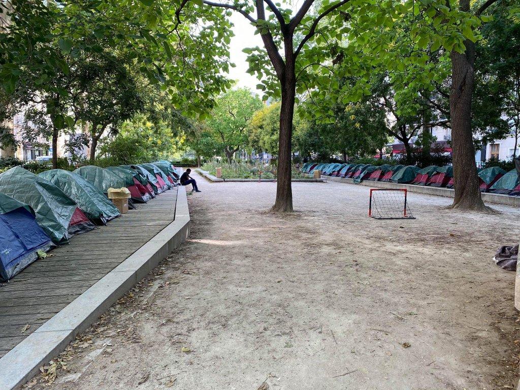 """Camp de """"soi-disant"""" migrants mineurs à Paris : «On restera ici tant qu'on n'aura pas obtenu de solutions pour ces jeunes»"""