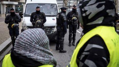 Chalecos amarillos cumplen nueva jornada de protestas en Francia