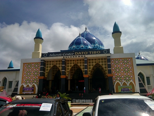 masjid bulukmba