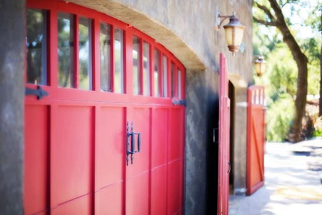 free stock image garage door