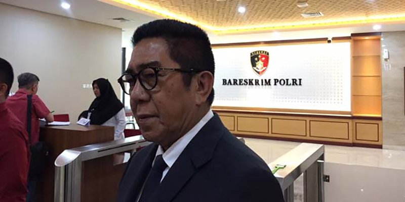 Laporan Ditolak, Henry Yosodinigrat Ingin Gebukin Andi Arief di Depan Anak Istrinya