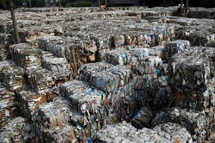 Begini Penampakan Sampah Impor dari Uni Eropa dan Amerika Menumpuk di Mojokerto