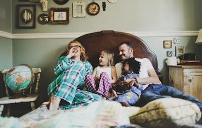 6 Bayangan Cewek 20-an Saat Memikirkan Pernikahan