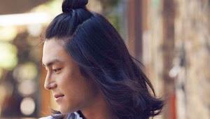 Tips Merawat Rambut Panjang untuk Pria