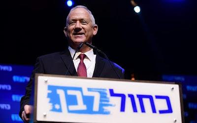 Gantz se encontrará com o secularista Liberman antes das negociações de unidade com Netanyahu