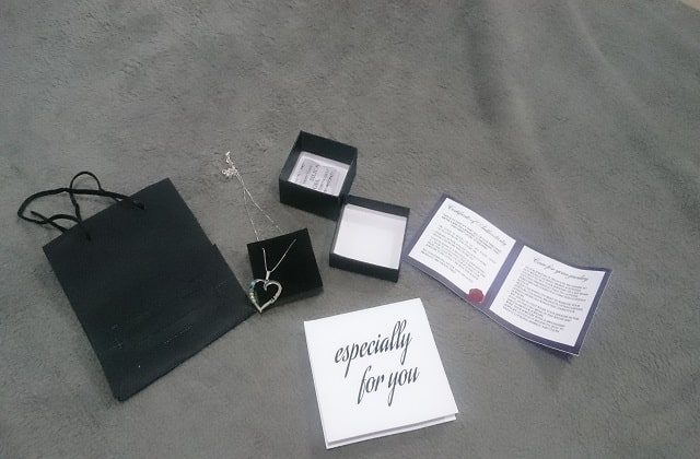 oNecklace birthstone necklace package