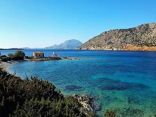 The-island-paixnidi-epiviwshs-tha-paixtei-Rodo