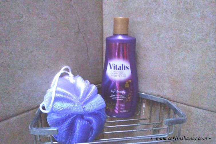 Vitalis Body Wash Soft Beauty
