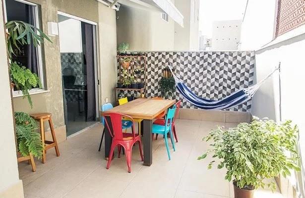 Misture mesa e cadeiras diferentes na sala de jantar e crie ambientes incríveis!