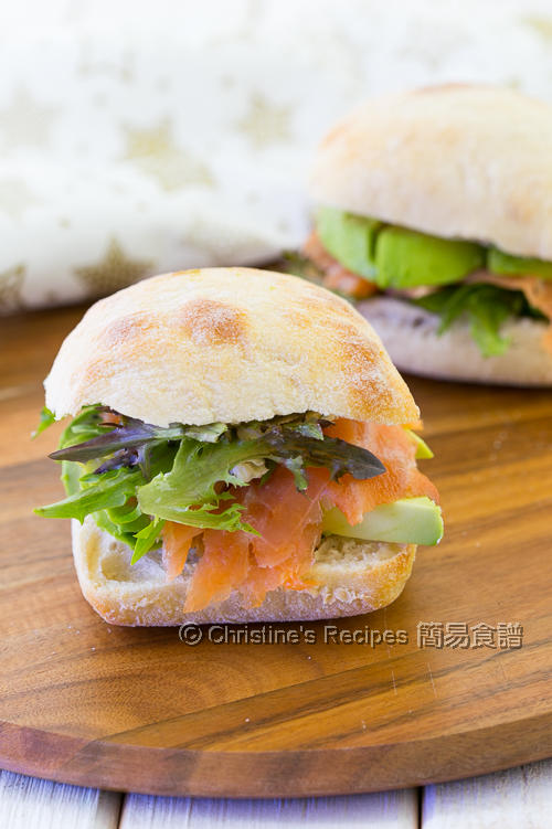 Smoked Salmon with Cream Cheese Ciabatta02