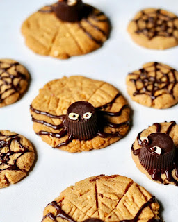 Recipe to make vegan peanut butter spider cookies