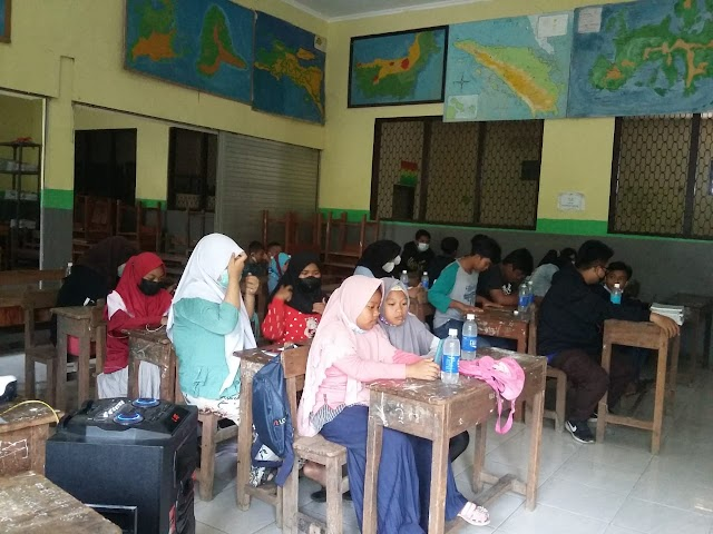 Kunjungan SMP PGRI 6 Surabaya Industri Virtual 2021 : PT. Amerta Indah Otsuka