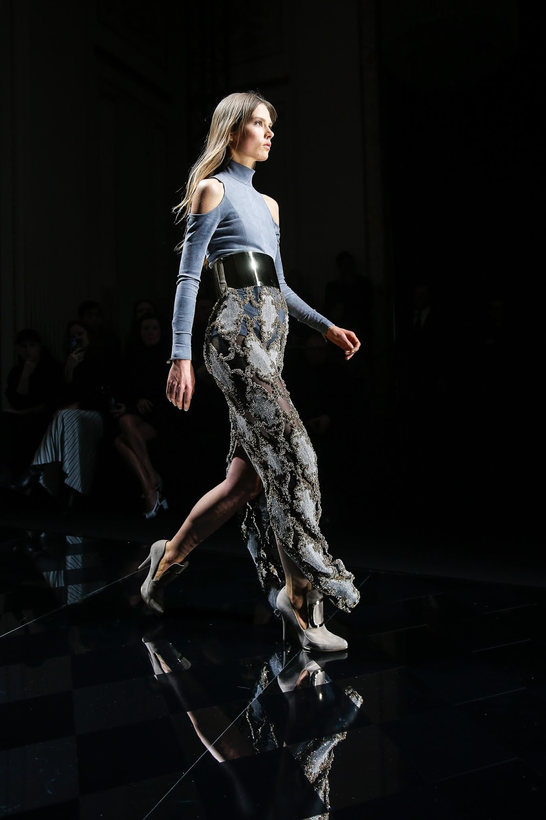 Valentino offers to buy Balmain / fashion news via www.fashionedbylove.co.uk