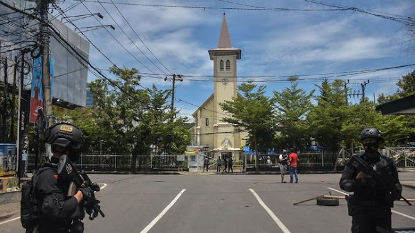 Bom Bunuh Diri, Makassar, Katedral Makassar
