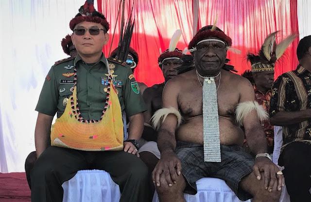 Protes Pengangkatan Kepala Suku untuk Pangdam Karena Tidak Mengerti Sejarah