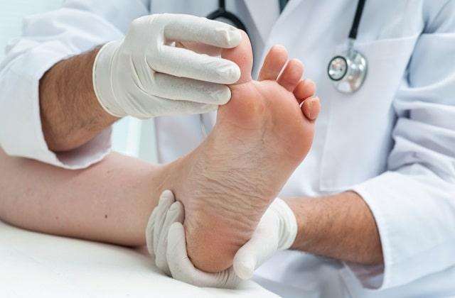 how to choose best foot doctor houston texas podiatrist