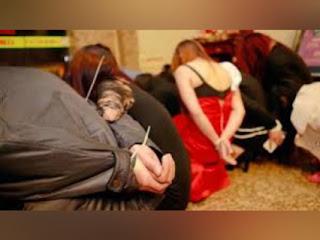 صفاقس : الأم وابنها متورطان في شبكة دعارة...