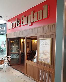 Merrie England in Huddersfield