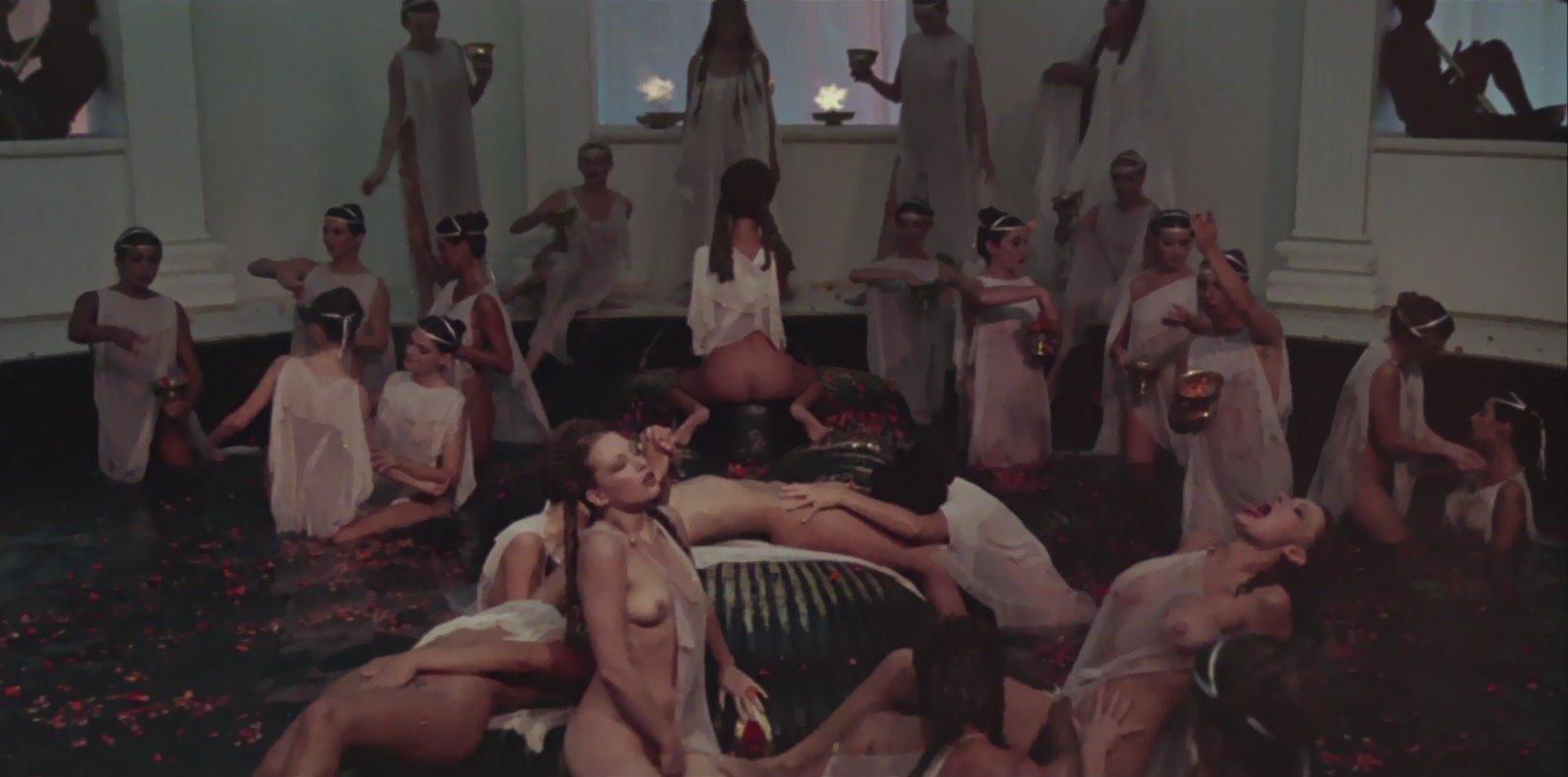 image Mejores orgias comtesse ixs 1976 con alban ceray