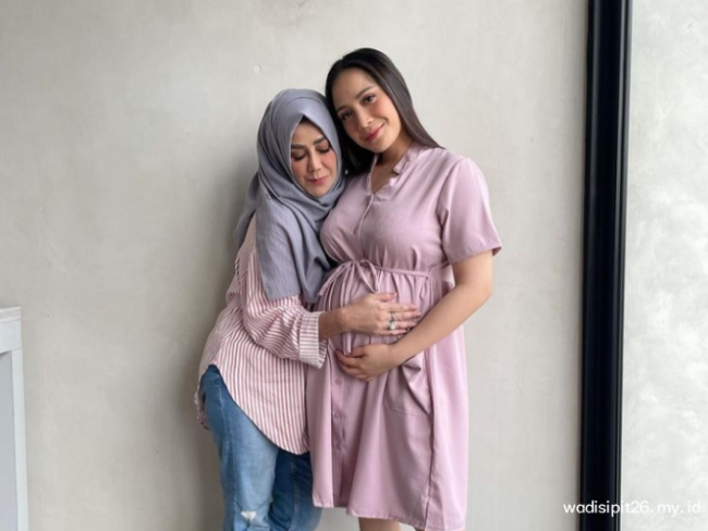 Amy Qanita Biodata lengkap ibunda Raffi Ahmad