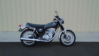 2016 Yamaha SR400 side image 0