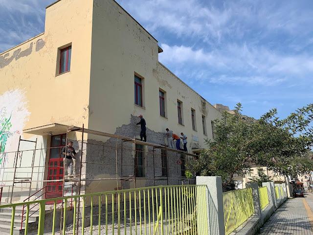 Εργασίες ανάδειξης της πέτρινης όψης του 3ου Δημοτικού Σχολείου Ναυπλίου