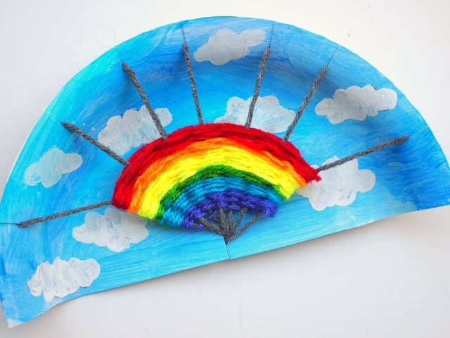 Fun Rainbow Paper Plate Weaving Art and Craft Project for kids & Rainbow Paper Plate Weaving Project | Pink Stripey Socks