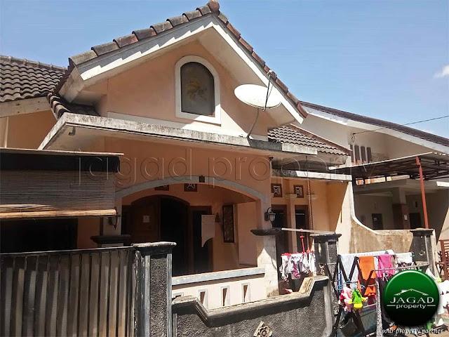 Rumah dalam Perum dekat SD Model