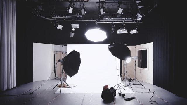 proposal usaha fotografi   bisnis fotografi online   modal usaha fotografi  usaha fotografi rumahan   sukses bisnis fotografi  nama photography yang bagus     merintis bisnis studio fotografi    perlengkapan fotografer wedding   gaji fotografer pernikahan  peralatan studio photo mini