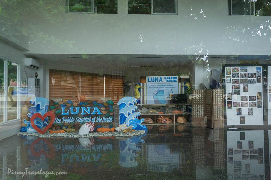 Luna's Tourism Office