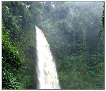 Air Terjun Nungnung Waterfall