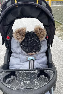 stroller running in winter