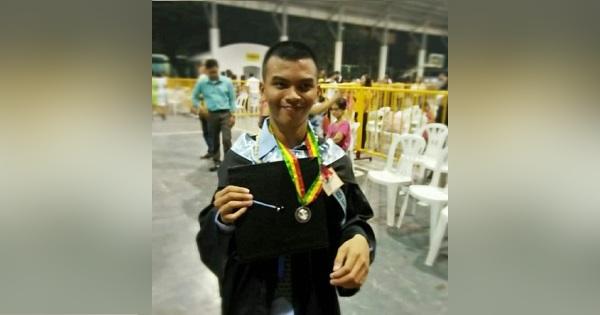 Hemiplegic student graduates cum laude, passes LET