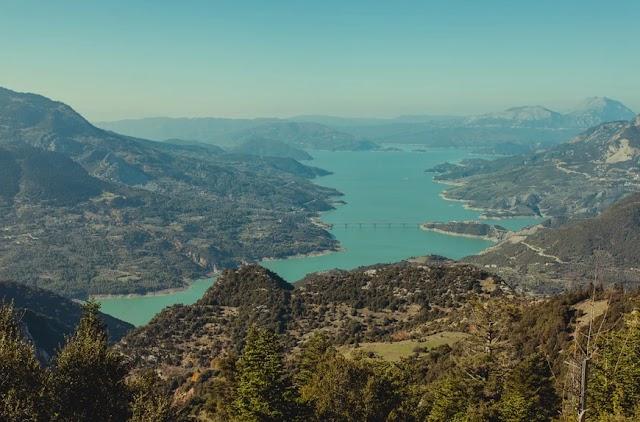 Λίμνη Κρεμαστών, το φιόρδ της Στερεάς Ελλάδας