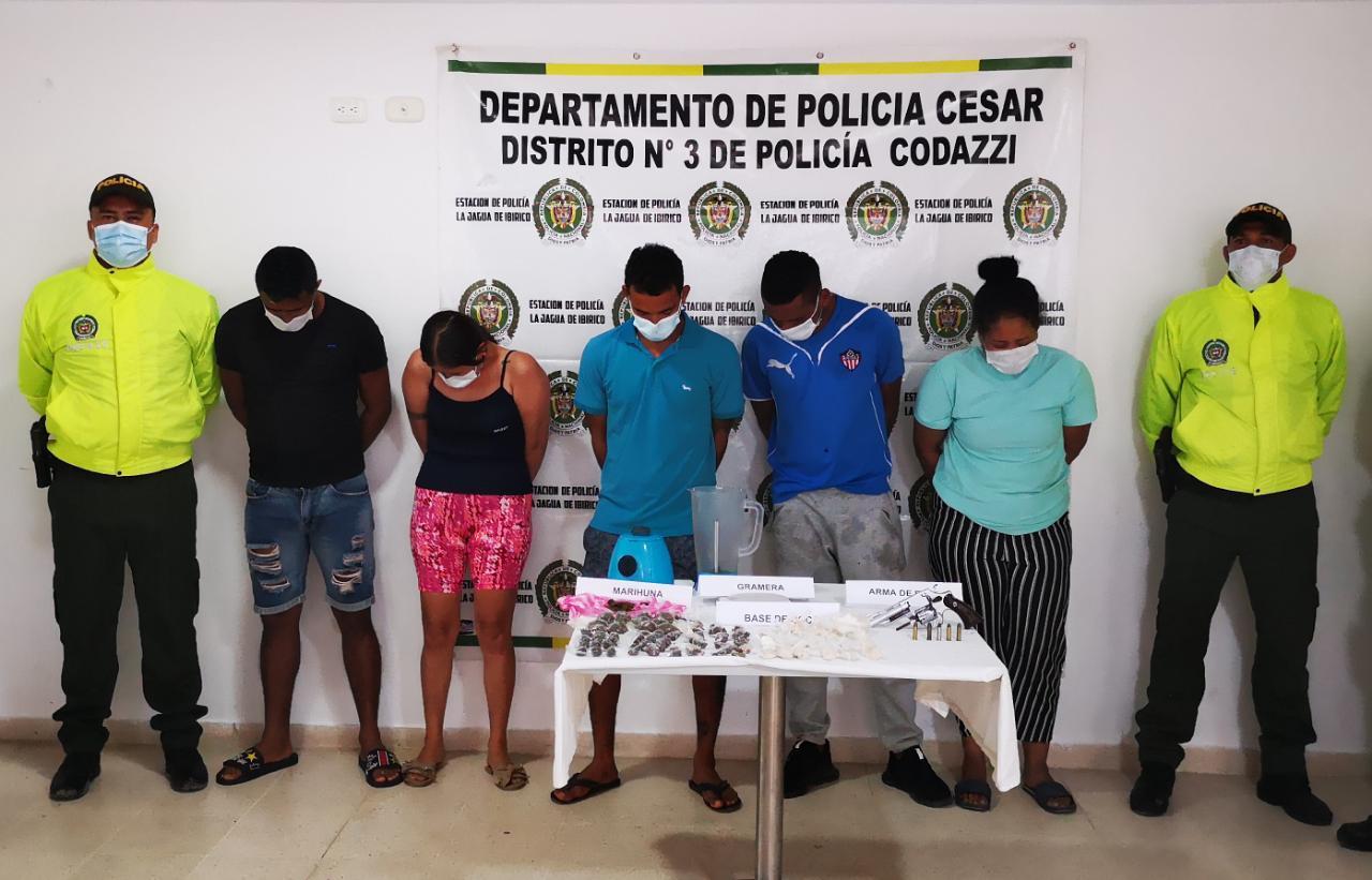 https://www.notasrosas.com/En Becerril: capturados tres hombres y dos mujeres, por tráfico de estupefacientes