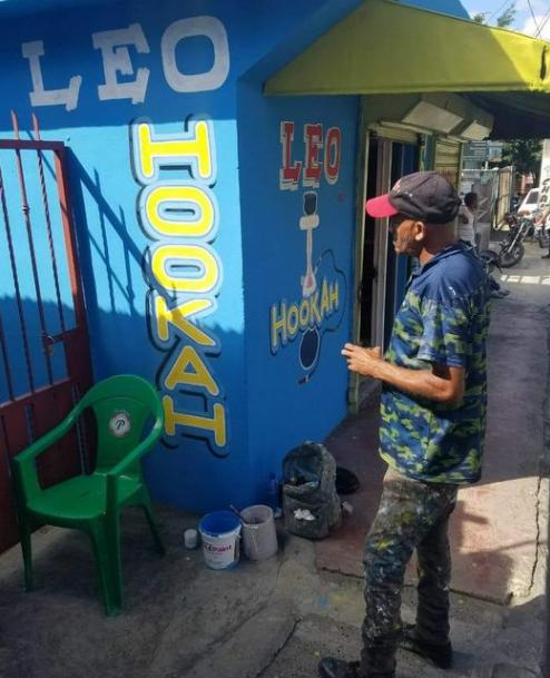 Muere en accidente de tránsito reconocido pintor de letreros de Los Alcarrizos