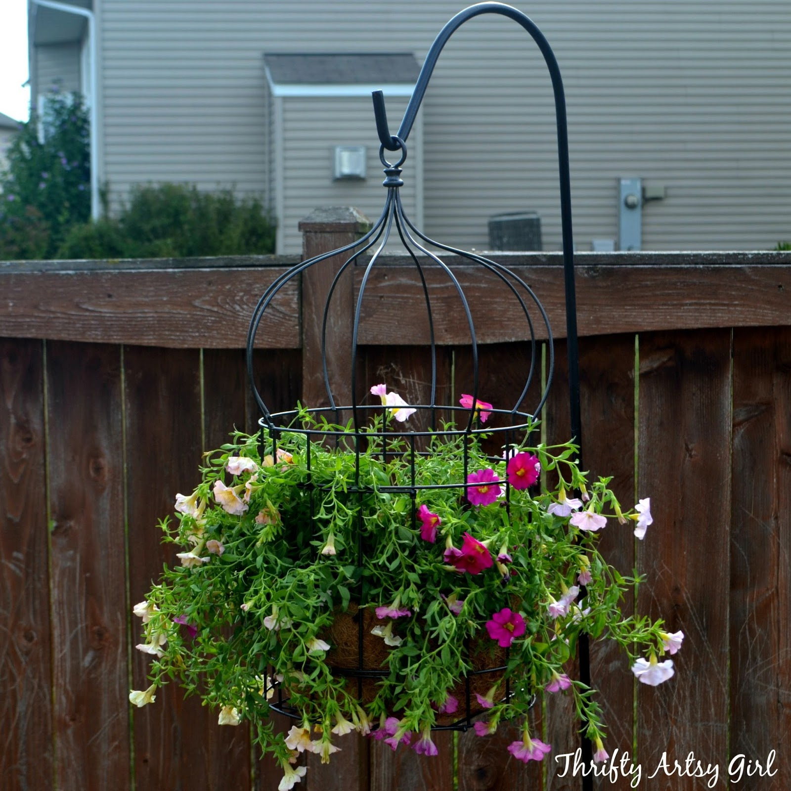 Bird Cage Planter: Thrifty Artsy Girl: DIY Simply Sweet Hanging Birdcage Planter