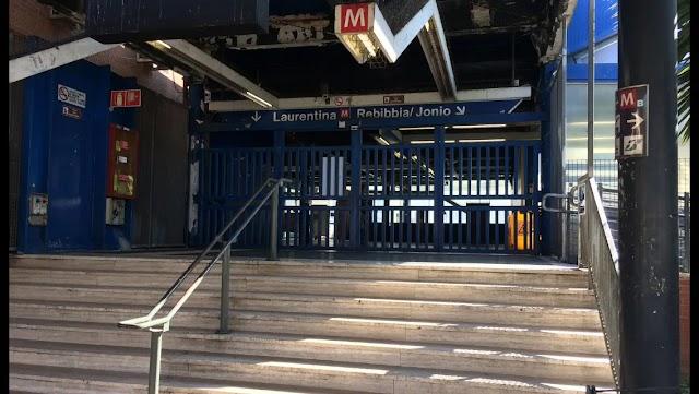 La battaglia continua dei disabili contro i disservizi nelle stazioni della Roma-Lido