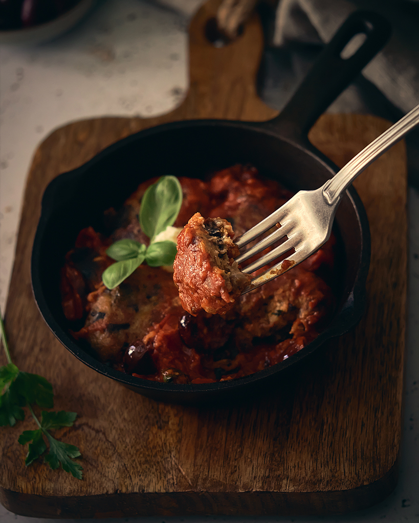 albondigas de berenjena con ricotta en salsa de tomate