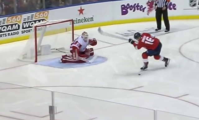 Aleksander Barkov whiffs on penalty shot vs Red Wings